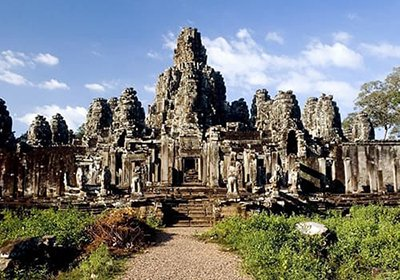 City and Angkor Temples Tour