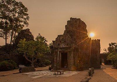 Tonle Bati and Taprohm Temple