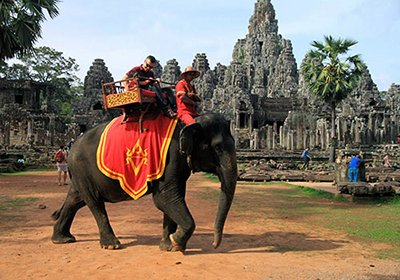 angkor thom elephant